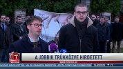 A Jobbik trükközve hirdetett